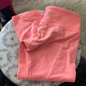 Lululemon Capri leggings 4 peachy orange pinstripe